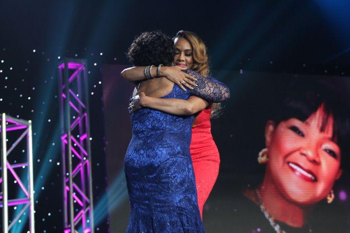 Vivica A. Fox congratulates Shirley Caesar on Lifetime Achievement Award
