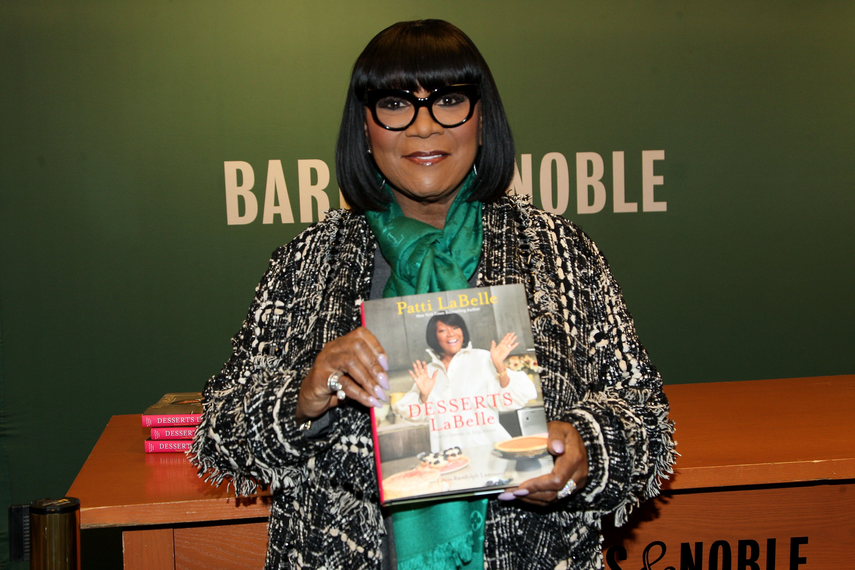 Patti LaBelle Signs Copies Of Her New Book 'Desserts LaBelle: Soulful Sweets To Sing About'