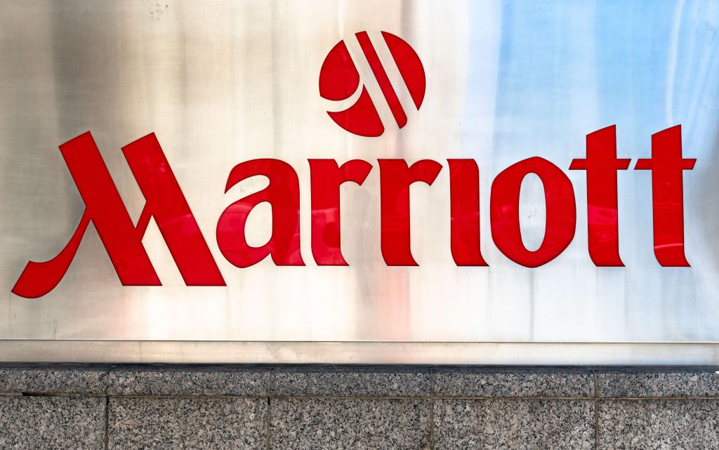 Sing and logo of the Marriott Hotels and Resorts. The chain...